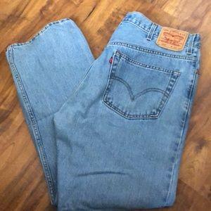 Size W38/L30 Levi 505 regular fit jeans